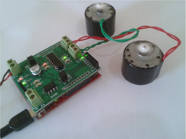 msp430 launchpad interfaced with L293D  controlling two dc motors
